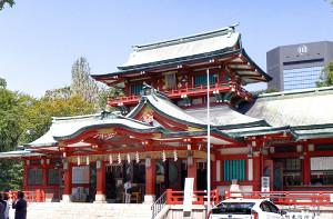 富岡八幡宮 三が日の参拝客、去年比3割減