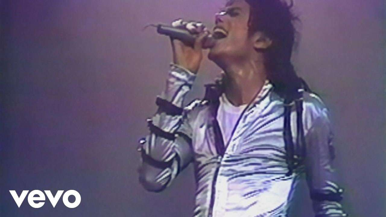 Michael Jackson - Human Nature (Live At Wembley July 16, 1988) - YouTube