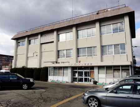 食事中に簡易トイレ使用で激高、91歳男性殴られ重傷 95歳男を逮捕 神戸の老人ホーム(神戸新聞) - goo ニュース