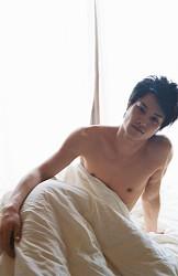 劇団EXILE鈴木伸之 初の写真集2・2発売 セクシーショットも― スポニチ Sponichi Annex 芸能