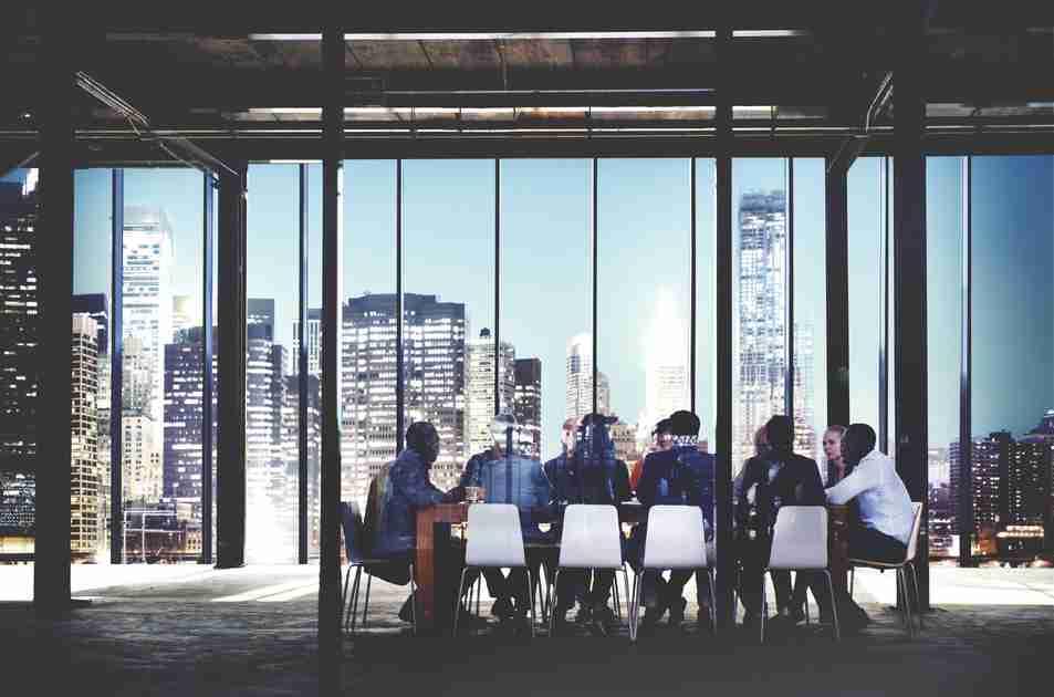 働き方改革とは?必要となった背景や実現会議と実行計画、事例まで徹底解説 | BizHint HR(人事の悩みにヒントを届けるニュースサイト)