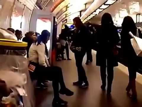 地下鉄パリでジプシー泥棒 / パリの盗賊すり 1/2 - YouTube