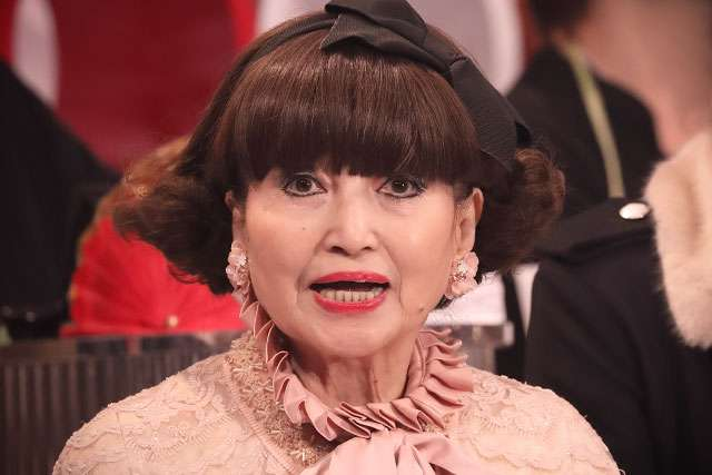 黒柳徹子が溺愛するAIBO 和田アキ子の影響で「機能を失っていく」 - ライブドアニュース