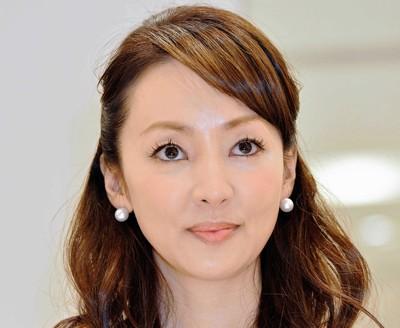 神田うの ブログ読者に素化粧をわびる…「スッピンで失礼致します」