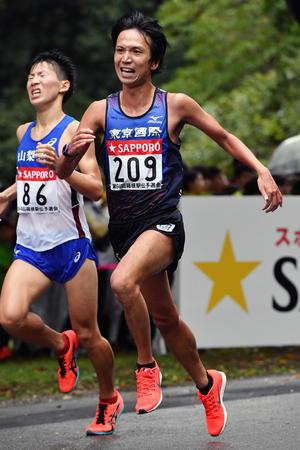 30歳ルーキー 東京国際大・渡辺和也は7区走る (日刊スポーツ) - Yahoo!ニュース