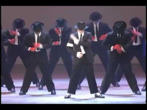 マイケル・ジャクソン~MTV AWARDS PERFORMANCE - YouTube