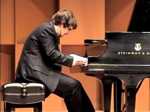 "Charles Richard-Hamelin plays Kapustin's Etude op.40 no.3 ""Toccatina"" - YouTube"