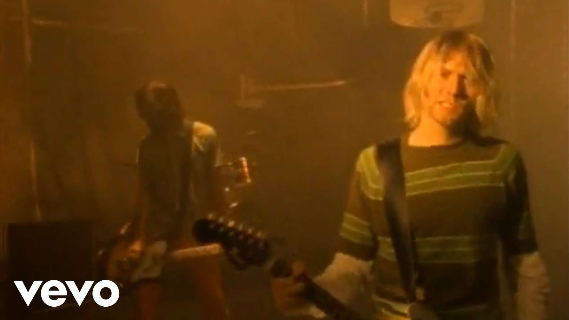 Nirvana - Smells Like Teen Spirit - YouTube