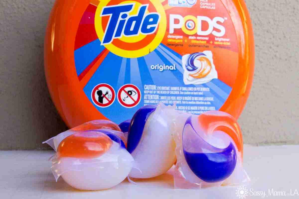 アメリカで「タイドポッドチャレンジ」という洗剤を食べる遊びが大流行! 挑戦後に嘔吐する人が続出