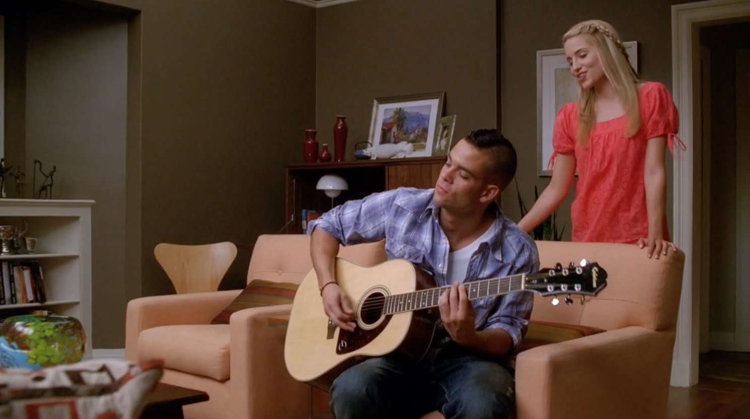 GLEE - Papa Don't Preach (Full Performance) HD - YouTube