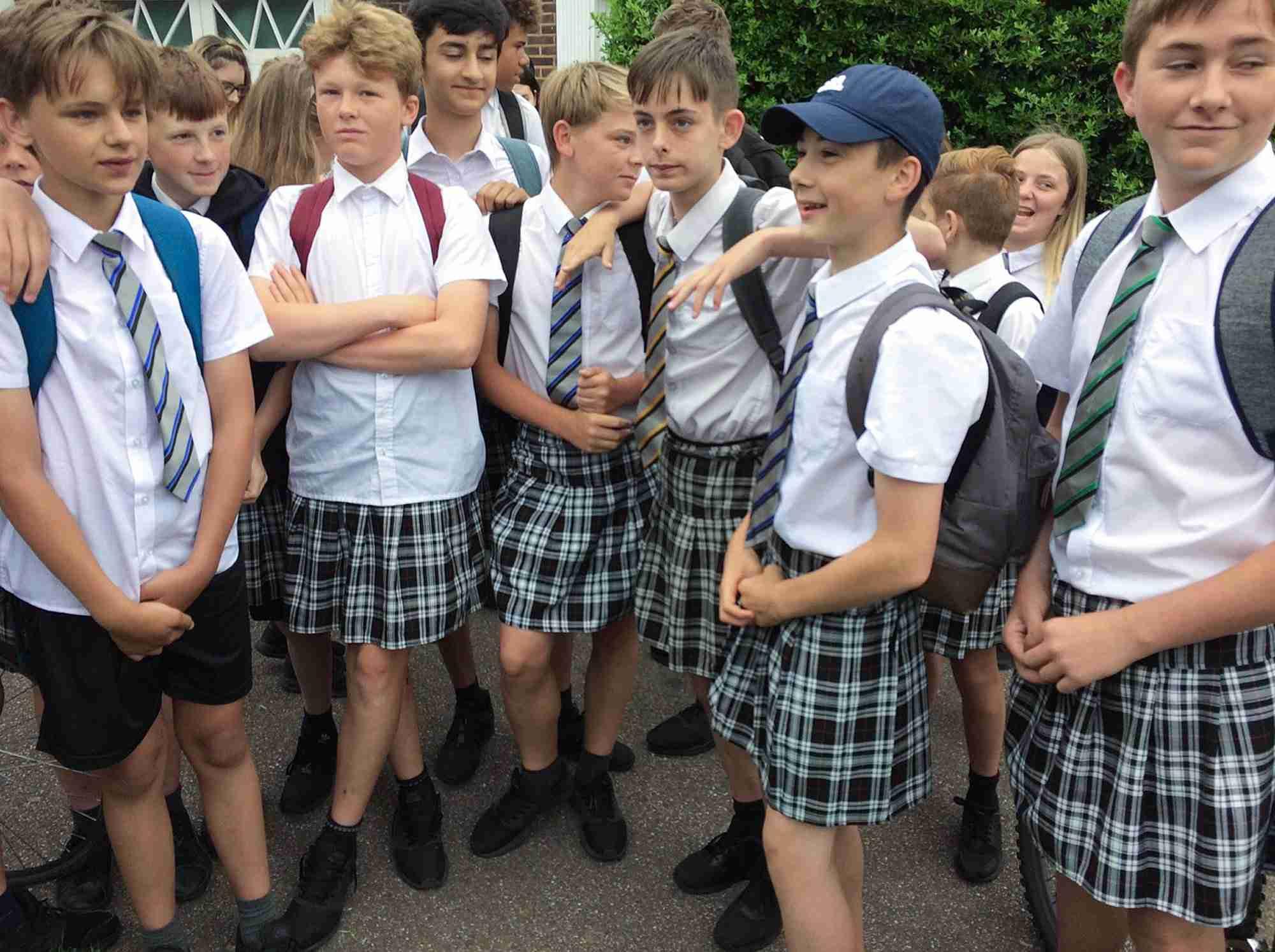 マツコ・デラックス、女子の制服の多様性に一言「性的少数者への配慮なら男女問わずスカート、スラックス両方用意して!」