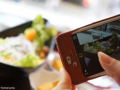 【激怒】ラーメン屋が写真撮る客にブチギレ! / 麺が伸びてマズいと口コミ投稿「早く食わねえからだろ!!」
