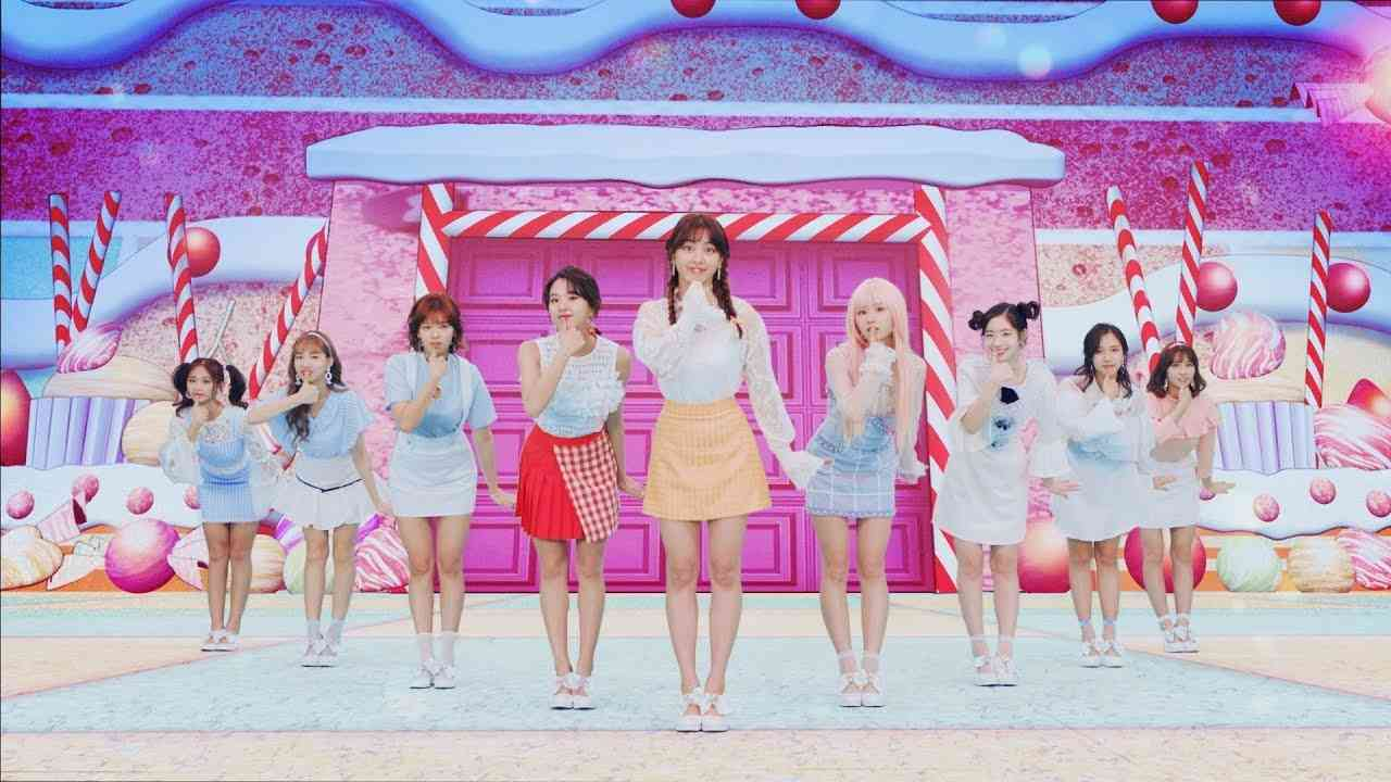 TWICE「Candy Pop」Music Video - YouTube