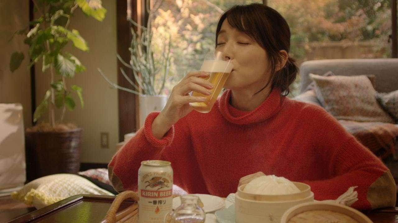 「石田ゆり子 冬支度」篇 30秒 - YouTube