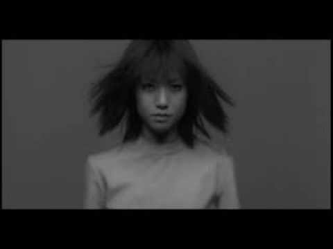 hitomi / 君のとなり - YouTube