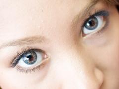 老けて見える「目袋」、涙袋との違いはどこ? 原因と改善法について紹介