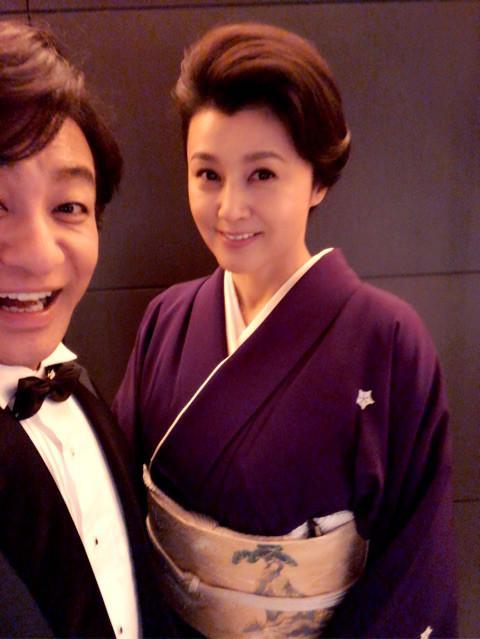 片岡愛之助、妻・紀香と坂東巳之助の披露宴へ キティちゃんに興奮 - ネタりか
