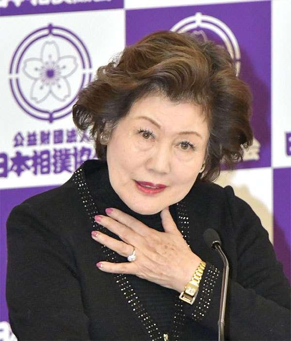 「張り手は問題なし」池坊保子氏が白鵬を擁護 (文春オンライン) - Yahoo!ニュース