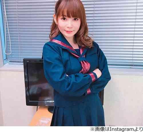 中川翔子、セーラー服姿に「イケる」の声