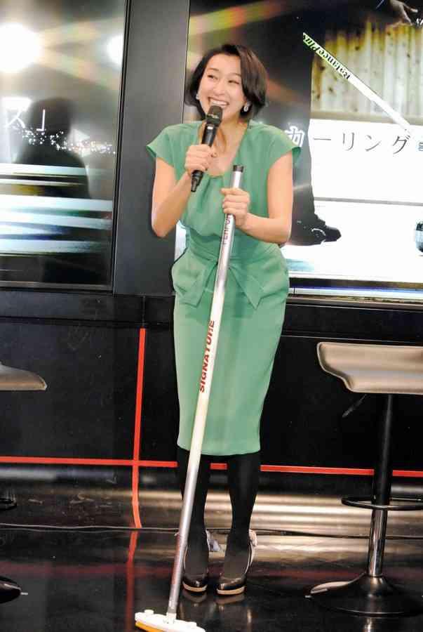 浅田舞、男子アイスホッケー選手間で人気「オじゃなくてイの方で良かった!」
