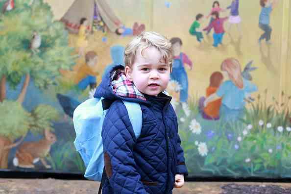 キャサリン妃撮影! 保育園初日のジョージ王子写真が公開