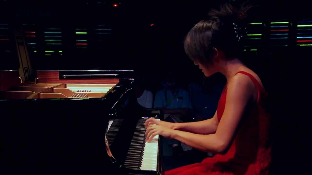 Scarlatti Sonate K.427, Yuja Wang - YouTube