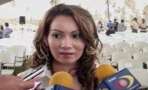 メキシコの女市長 ギャングの銃撃を浴び、ダムダム弾で内臓破壊され人工肛門を付けた体を公開 - NAVER まとめ