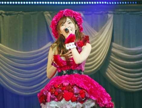 指原莉乃、総選挙公約「サシコ100%」実行 アイドル続行宣言 | ORICON NEWS