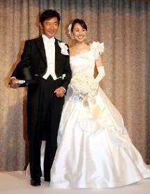 東尾理子 いしだ壱成の23歳差愛に「身内が見ても恥ずかしい」