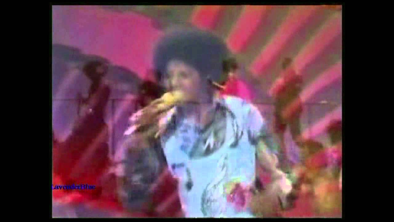 Michael Jackson - Just a Little Bit of You - Soul Train Live (HD) - YouTube