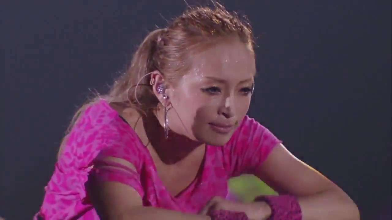 Ayumi Hamasaki 浜崎あゆみ - boys&girls Roomaji English Español Português Lyrics (2012 Tour) - YouTube