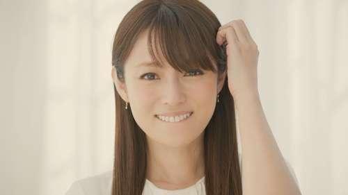 深田恭子、キュートな幼少期秘蔵写真を初公開