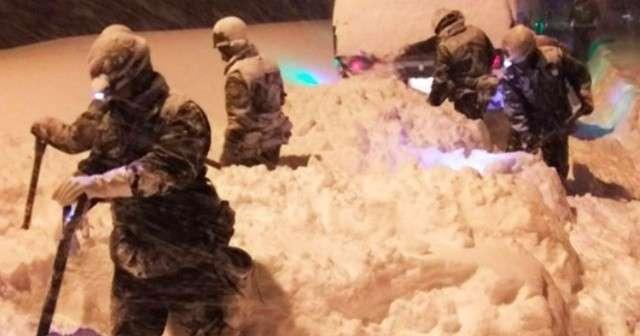 「大雪の中、本当にありがとう!」北陸の災害派遣で駆けつけた自衛隊に感謝の声続々! | Lenon
