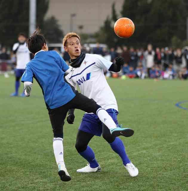 本田圭佑、ツイッターで「何の為に生きているんですか?」 : スポーツ報知