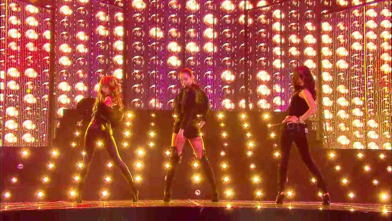 【TVPP】Hyuna(4MINUTE) - Womanizer (with Yuri & Kahi) , 현아(포미닛) -  Womanizer  @ 2009 KMF - YouTube
