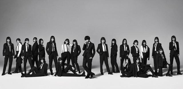 欅坂46新シングルは「ガラスを割れ!」、初回盤にはメンバーソロの自撮り映像