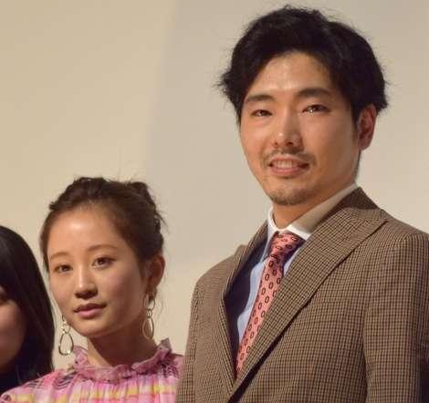 """柄本佑""""妻""""前田敦子の色気称賛「僕のものにしたくなる」   ORICON NEWS"""