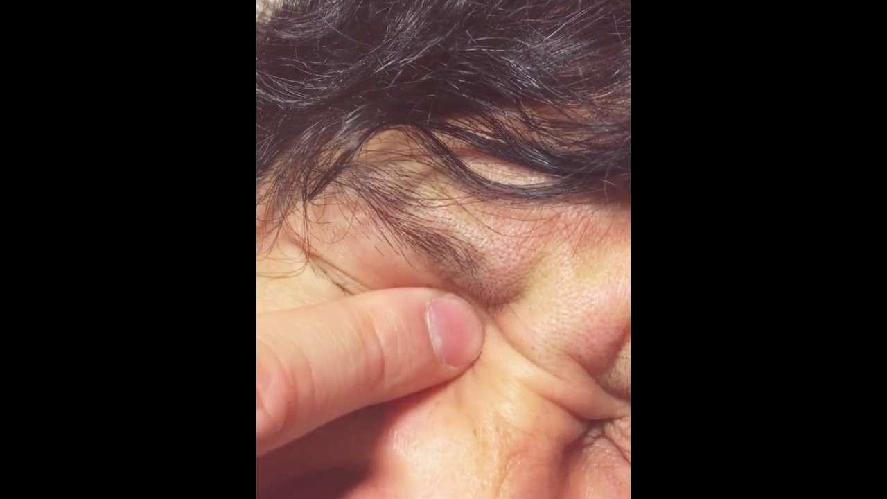 目から音が鳴る衝撃映像 - YouTube