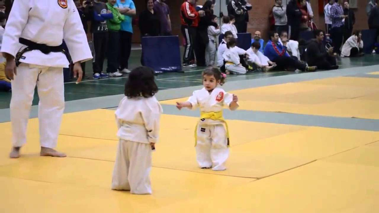 Little girls judo fight Little Kids Judo Very Funny - YouTube
