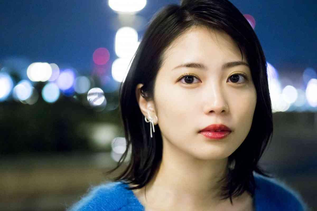 志田未来、25歳の誕生日に写真集発売!4年ぶり4冊目 - シネマトゥデイ