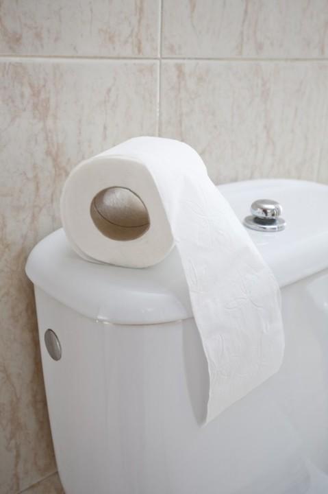 【平昌五輪】トイレに紙を流せず、あちこちのトイレがあふれている