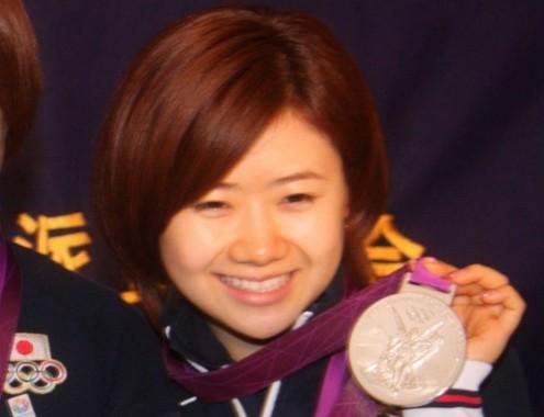 天才卓球少女・福原愛ちゃんの娘、生後3か月で「卓球ラリー」成功 早くも金メダル候補?