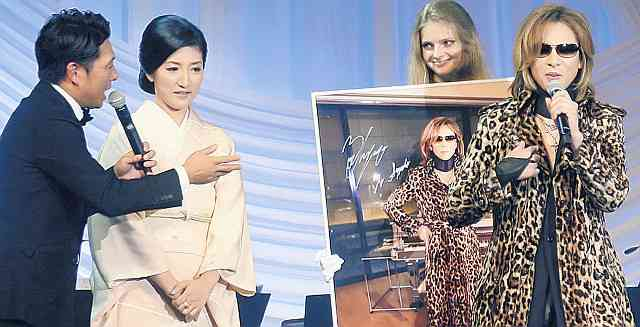 YOSHIKIのヒョウ柄コートを白鵬の紗代子夫人が275万円で落札 : スポーツ報知