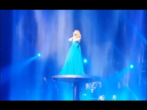 Celine Dion - My Heart Will Go On (Live, September 23rd 2016, Las Vegas) - YouTube