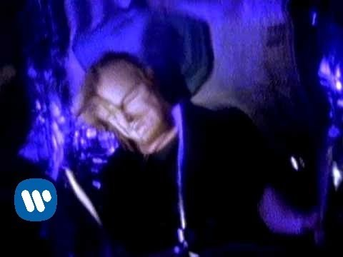 "STONE TEMPLE PILOTS - ""Plush"" (Official Music Video) - YouTube"