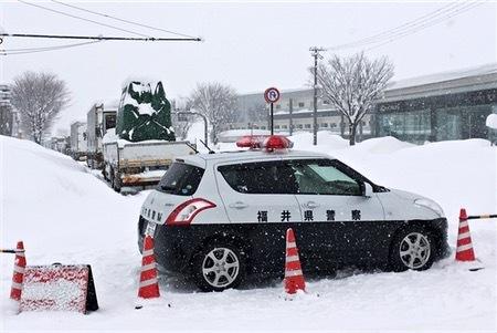 立ち往生区間が拡大=国道復旧見通し立たず―福井 (時事通信) - Yahoo!ニュース