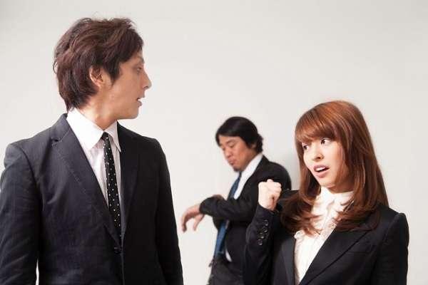 年功序列のせいで無能な社員が自分の上司に…「英語話せるだけでスキルなしマネージャー」「有能なスタッフは辞めるしかない」