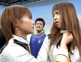 飯田圭織「産後恒例」の抜け毛に悩む…髪の毛を触るのが嫌になる