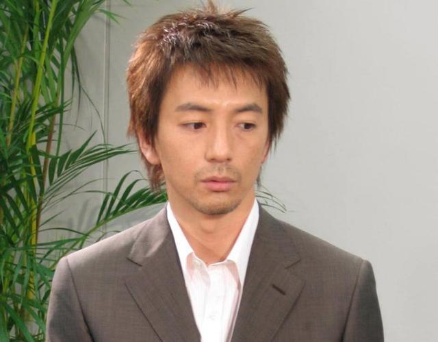 保阪尚希、7歳の誕生日3日後に両親が自殺…親戚の非情な言葉