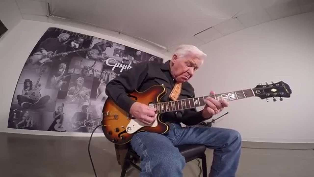 Bob Wood Visits Epiphone Headquarters - YouTube